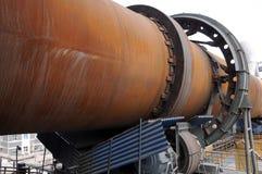 Sluit omhoog van shell van een oven van het droog-proces roterende cement Stock Fotografie