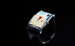 Sluit omhoog van slim horloge met gps navigatorkaart Royalty-vrije Stock Foto's
