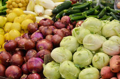 Sluit omhoog van vele kleurrijke groenten Royalty-vrije Stock Fotografie