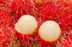 Sluit omhoog van vruchten Rambutan Stock Afbeelding