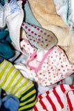 Sluit omhoog van vuile kleren klaar voor de was stock afbeelding