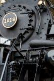 Sluit stroom omhoog aangedreven locomotief Stock Afbeeldingen