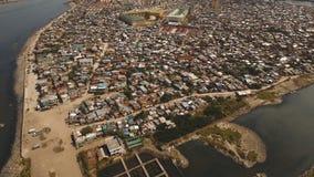 Slumkvarter för flyg- sikt av Manila, det fattiga området Filippinerna Manila royaltyfria foton
