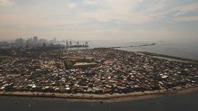 Slumkvarter för flyg- sikt av Manila, det fattiga området Filippinerna Manila arkivbild