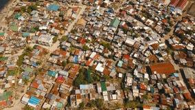 Slumkvarter för flyg- sikt av Manila, det fattiga området Filippinerna Manila arkivfilmer