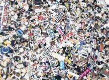 Slumpmässiga tidskriftord och bokstäver Arkivfoton