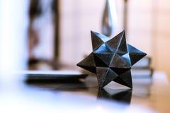 Slumpmässigt abstrakt geometriskt objekt royaltyfri fotografi