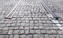 Slut av övergiven spårvägjärnväg i staden Royaltyfria Bilder