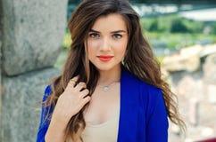 Slut för flickaframsidastående upp Royaltyfri Fotografi
