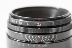 Slut för lins för tappningfotokamera upp visningöppning och avståndsskala Royaltyfria Bilder