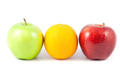 Slut upp apelsinen och äpplet Royaltyfria Foton