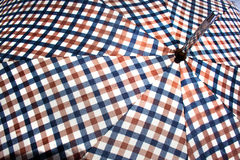 Slut upp av öppet Retro mönstrat paraply 4 Arkivfoton