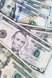 Slut upp av amerikanska dollarräkningar för pengar Royaltyfri Foto