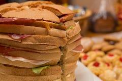 Slut upp av den stora smörgåsen Arkivfoto