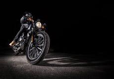 Slut upp av en motorcykel Royaltyfri Foto