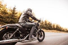 Slut upp av en motorcykel för hög makt fotografering för bildbyråer