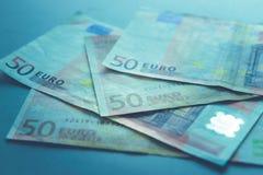 Slut upp av 50 eurosedlar Royaltyfria Bilder
