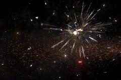 Slut upp av exploderande fyrverkerier Fotografering för Bildbyråer