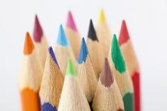 Slut upp av färgblyertspennor Arkivfoto