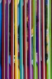 Slut upp av färgrika barnencyklopediforedges Royaltyfri Foto