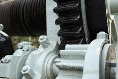 Slut upp av fabriksmaskinkugghjulet Bild av utrustning med systemet royaltyfria foton