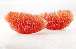 Slut upp av grapefruktträmassa Arkivbild