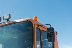 Slut upp av kabinen för vägservicebil med blinkern Royaltyfri Fotografi