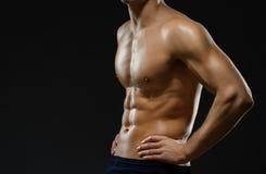 Slut upp av nakna mans bröstkorg Arkivfoton