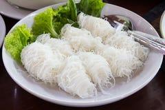 Slut upp av nudlar för vita ris Royaltyfri Fotografi