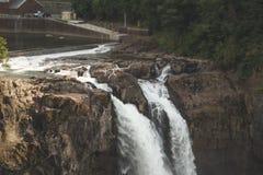 Slut upp av Snoqualmie nedgångar i Washington Royaltyfri Fotografi
