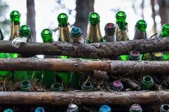 Slut upp av tomma Champagne Bottles royaltyfri fotografi