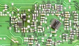 Slut upp bräde för elektronisk strömkrets arkivbilder