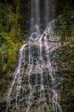 Slut upp den Karekare vattenfallet - lodlinje Royaltyfri Bild