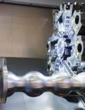 Slut upp för CNC-malning för roterande del maskinen under att bearbeta för metall fotografering för bildbyråer