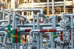Slut upp industriell zon Bransch för växtfossila bränslenraffinaderi Petrokemiskt fabriksområdesbegrepp royaltyfria foton