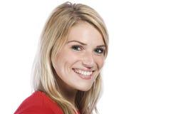 Slut upp lycklig framsida av den unga kvinnan fotografering för bildbyråer