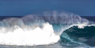 Slut upp pic från vågor på den tenerife ön arkivfoto