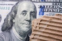 Slutet av Benjamin Franklin vänder mot upp på US dollar Royaltyfria Bilder
