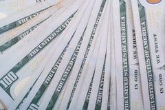 Slutet av Benjamin Franklin vänder mot upp på US dollar Royaltyfri Foto