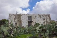 Slutet av fördärvar upp i Betancuria Fuerteventura kanariefågelöar Las Arkivfoton