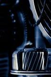 Bilen utrustar enheten Royaltyfria Bilder
