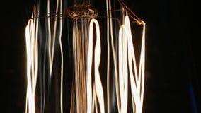 Slutet sköt upp av den Edison lampan lager videofilmer