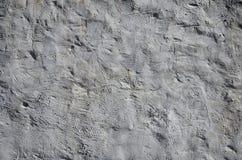 Slutet sköt upp av väggen för grungebruntlera på ett gammalt hus Blandningen av något annat objekt liksom trä och stenen royaltyfri fotografi