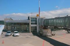 Slutligt av flygplats Geneva Schweitz Royaltyfri Fotografi