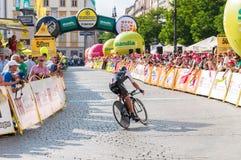 Slutskede av Tour de Pologne i Krakow Royaltyfri Fotografi