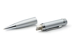 Slver metalu pióra transformator: pióro i USB błysk Zdjęcia Royalty Free