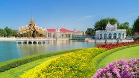 Smällen PA-i Royal Palace, också som är bekant som sommarslotten, är en palacecomplex som används förr av de thailändska konungar Royaltyfri Bild