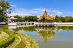 smällpa-slott thailand Arkivfoto