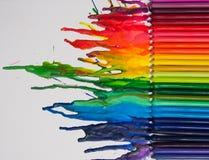 Smältt färgpennakonst