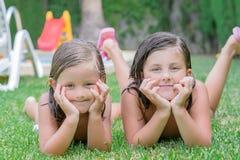 Små flickor Royaltyfria Bilder